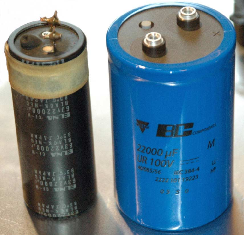 An A370 old electrolytic capacitor vs the replacement